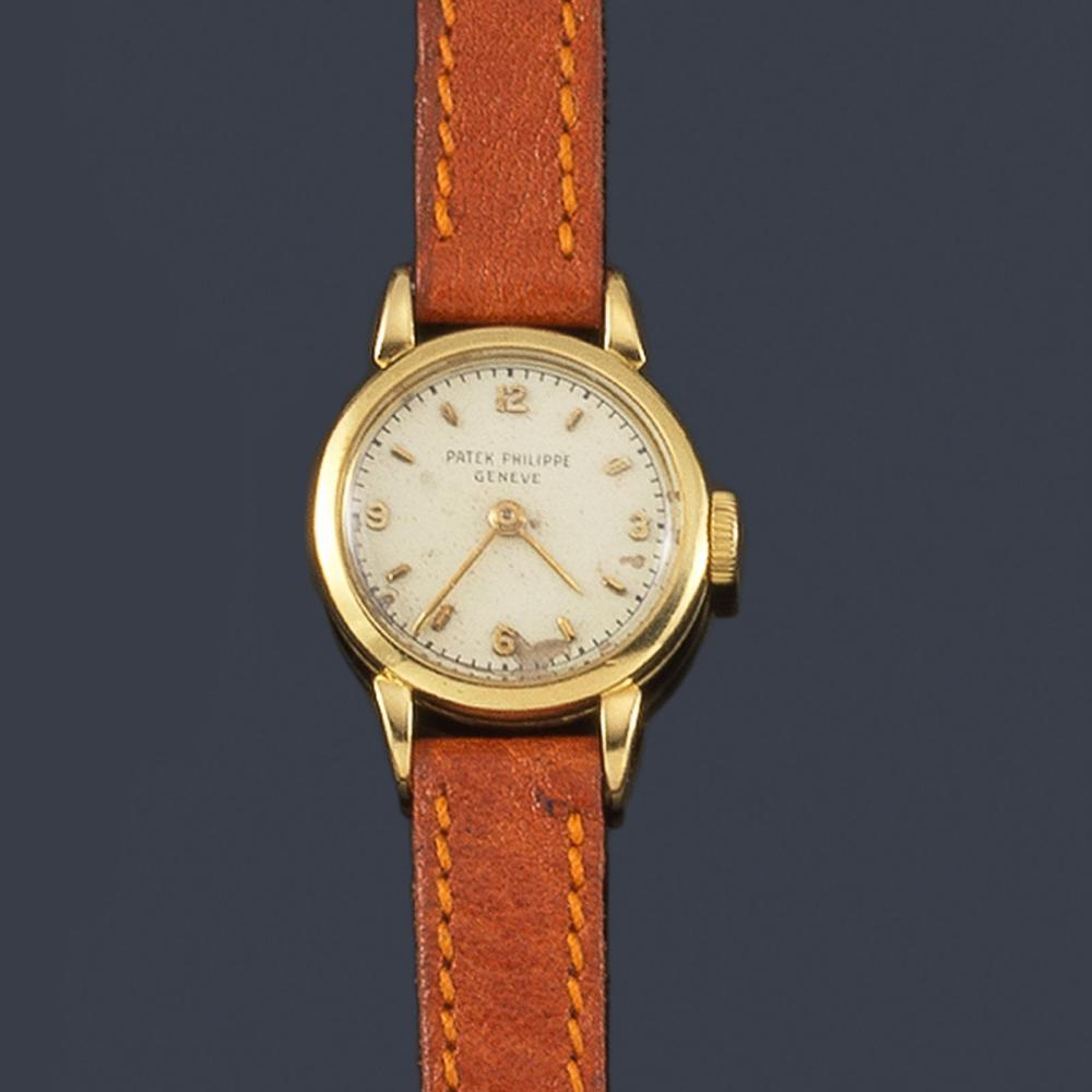 PATEK PHILIPPE for women with 18K yellow gold case…