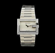 Gucci Stainless Steel Diamond 100L Ladies Watch