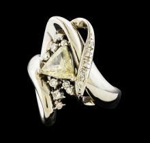 1.01 ctw Diamond and Diamond Ring - Platinum