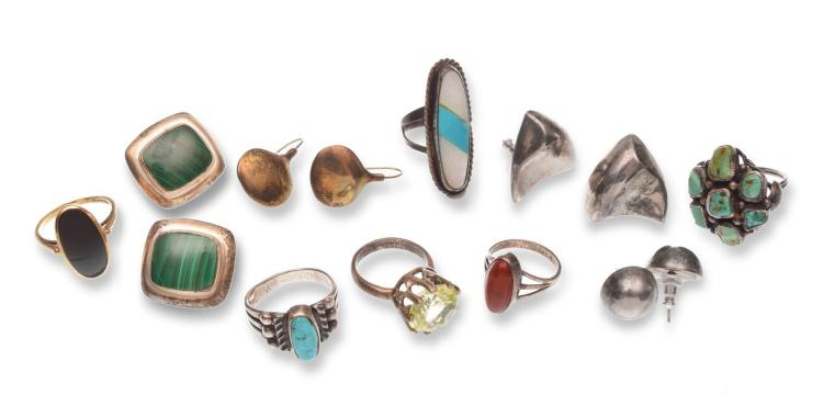 ASSORTMENT OF MEXICAN STERLING JEWELRY.