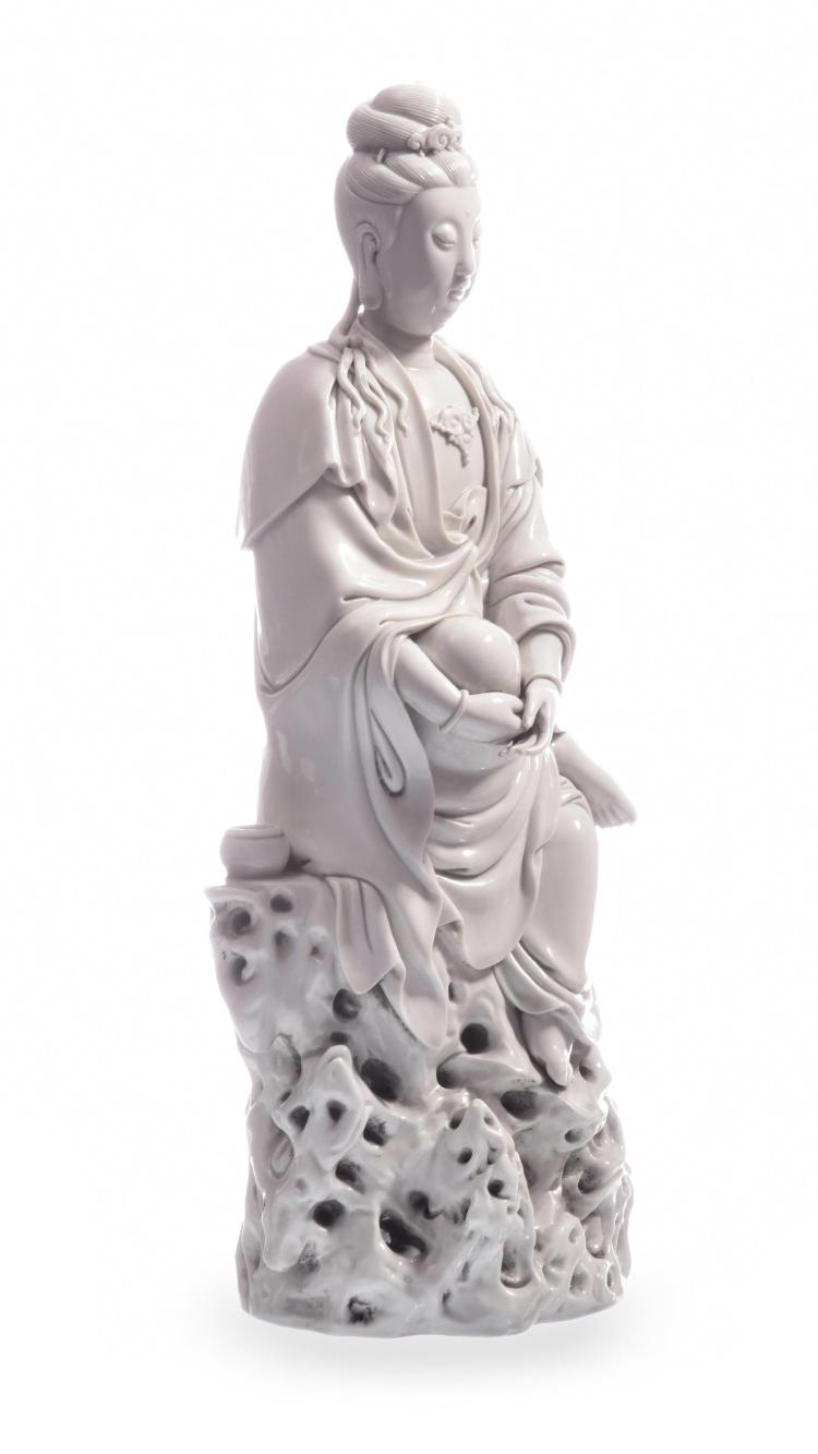 A VERY FINE BLANC-DE-CHINE FIGURE OF GUANYIN WITH IMPRESSED