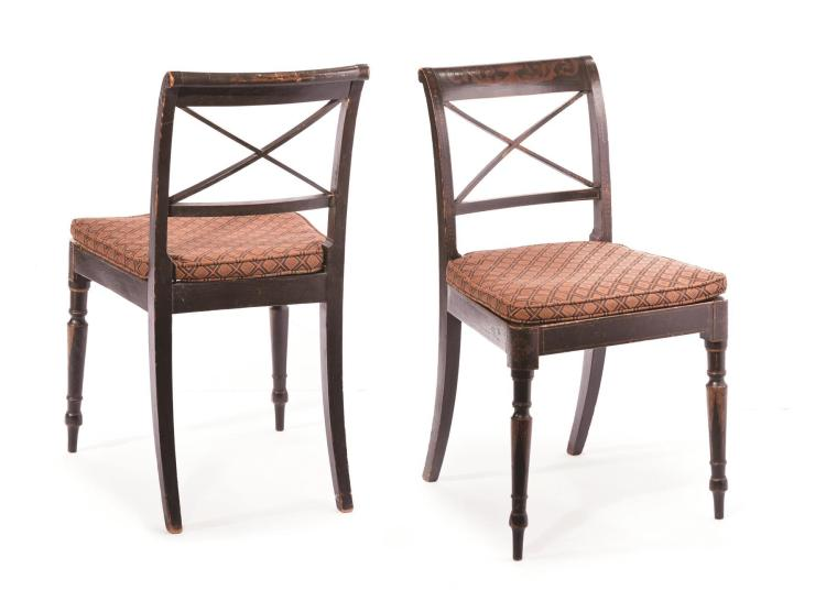 PAIR OF FEDERAL SIDE CHAIRS.