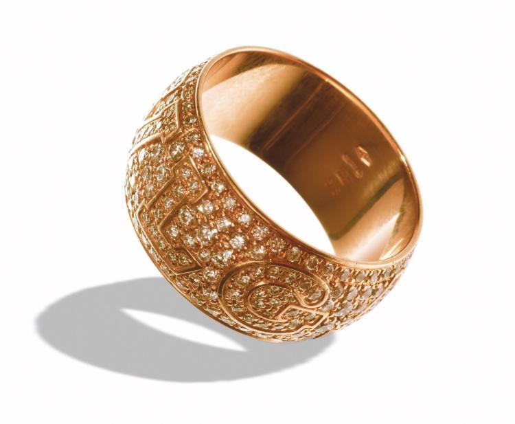 BULGARI 18K ROSE GOLD DIAMOND RING.