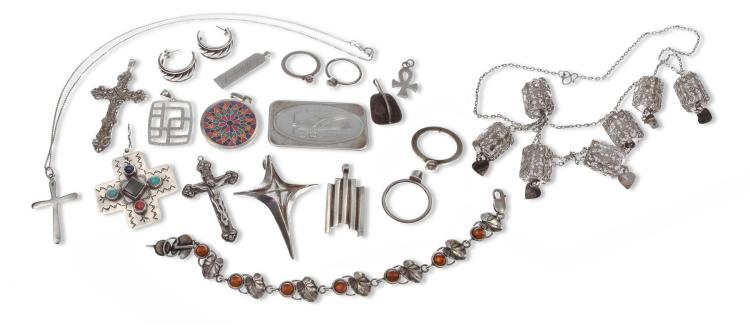 ASSORTMENT OF STERLING JEWELRY.