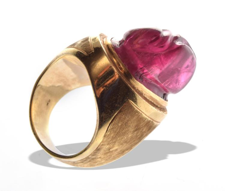 CHINESE 18K TOURMALINE RING.