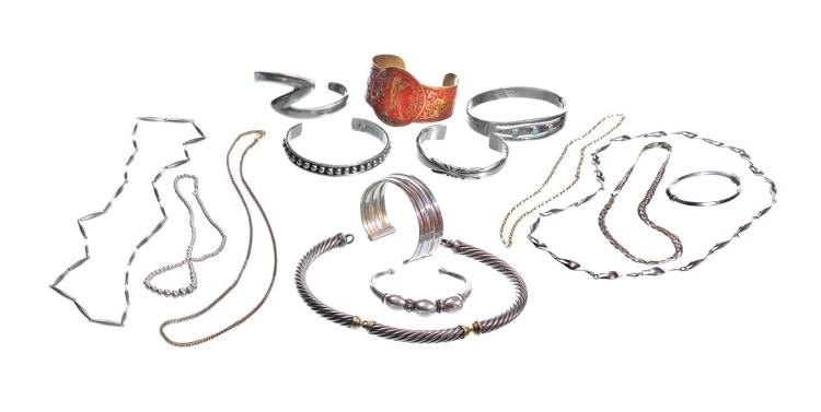 COLLECTION OF STERLING JEWELRY.
