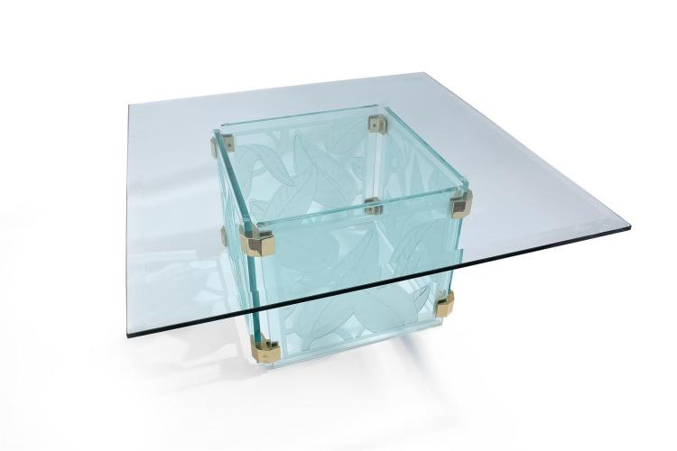 MODERN GLASS TOP TABLE IN THE MANNER OF LALIQUE.