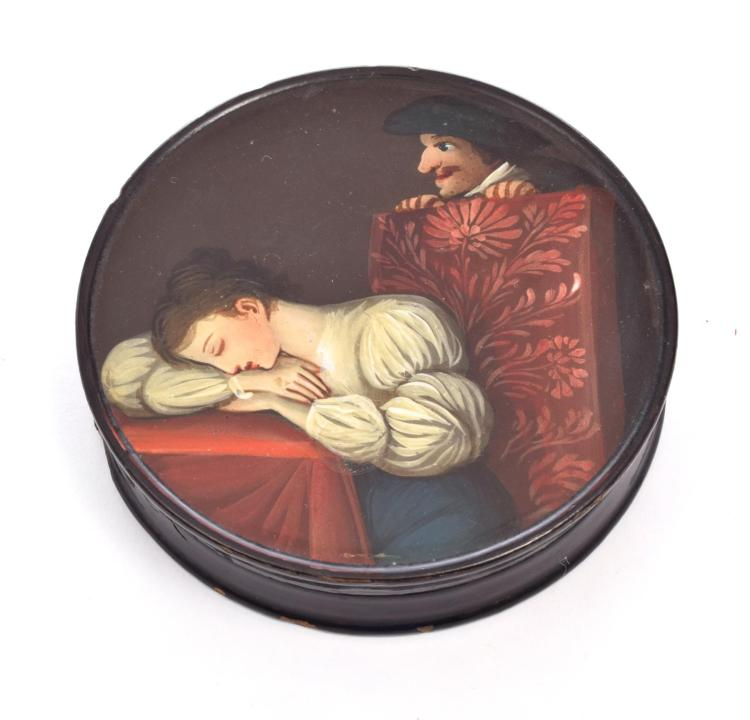 RUSSIAN LACQUER SNUFF BOX.