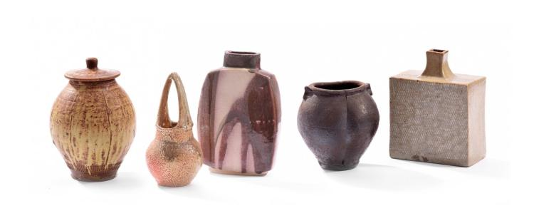 MODERN POTTERY COLLECTION.