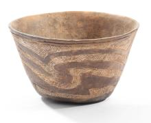 PREHISTORIC NATIVE AMERICAN HODGES POTTERY BOWL.