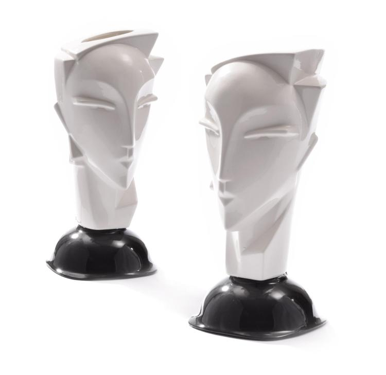 PAIR OF MODERN FIGURAL LAMPS.