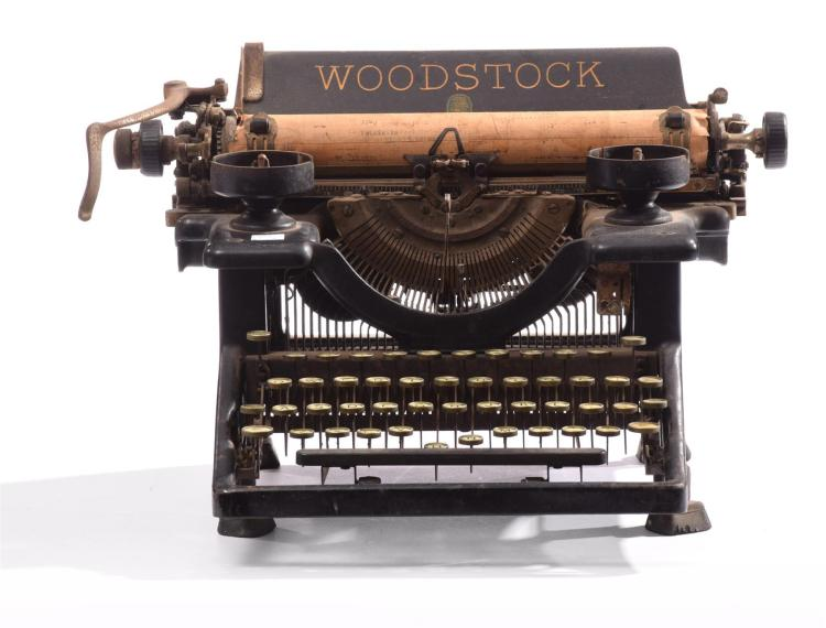 ANTIQUE WOODSTOCK TYPEWRITER.