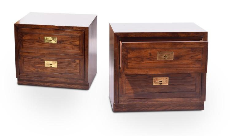 PAIR HENREDON NIGHTSTANDS.