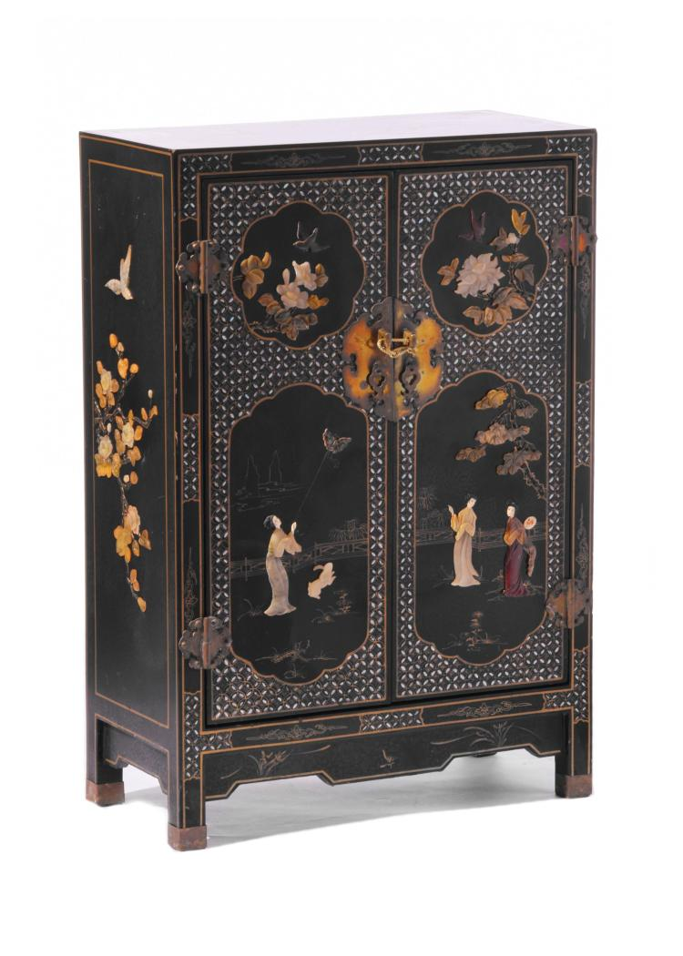 CHINESE LAQUERED MINERAL CABINET.