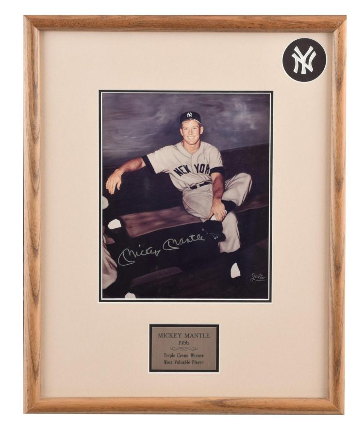 AUTOGRAPHED PHOTO OF MICKEY MANTLE BY RAY GALLO (AMERICAN, MID 20TH CENTURY).