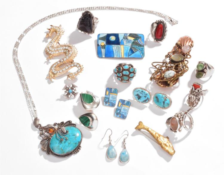 EXTENSIVE ASSORTMENT OF MEXICAN STERLING JEWELRY.
