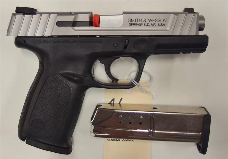Lot 4: SMITH & WESSON SD9VE 9mm Semi-Auto Pistol