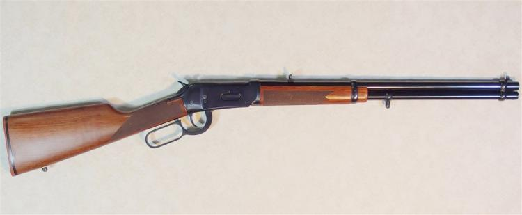 WINCHESTER Model 94AE RIFLE Cal 356 Win