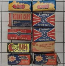 Lot 8: Toy Gun Paper Caps – (10) Vintage Caps Boxes