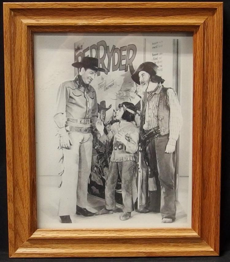 Western Movie Star Photo – RED RYDER, Bill Elliott, Robert Blake, Gabby Hayes, 8x10 B&W
