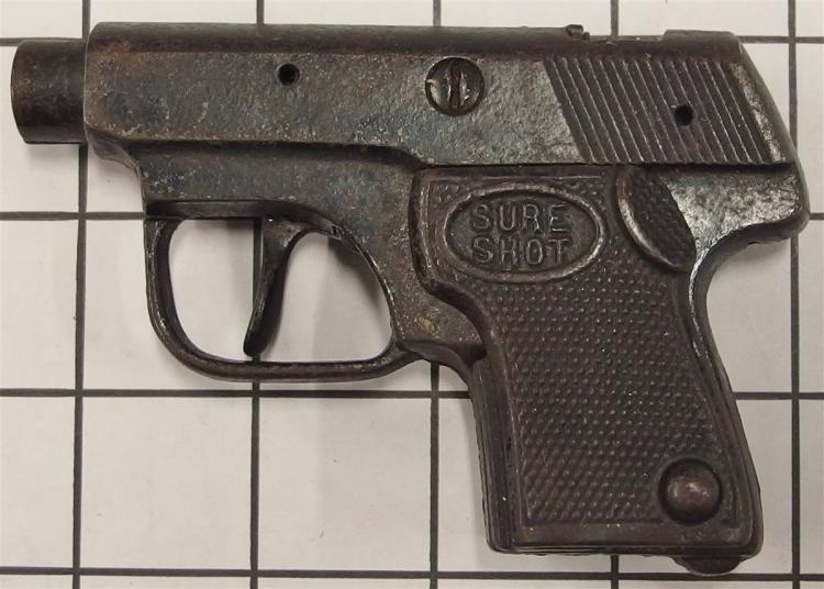 "Toy Cap Gun – SURESHOT Derringer, Cast Iron, Textured Grip, 4-1/2""L"