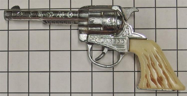 """Toy Cap Gun – Kilgore LAREDO, White Stag Grip, 9""""L"""