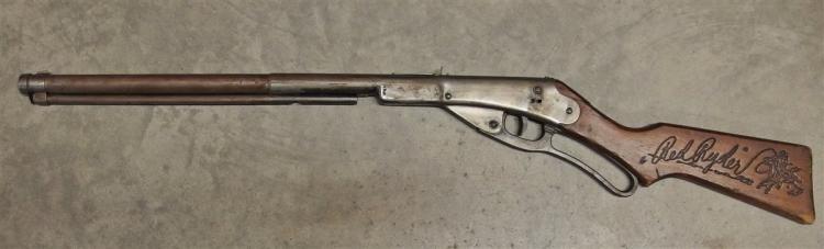 Toy Rifle - Daisy Red Ryder No. 111 Model 40 Carbine BB Gun