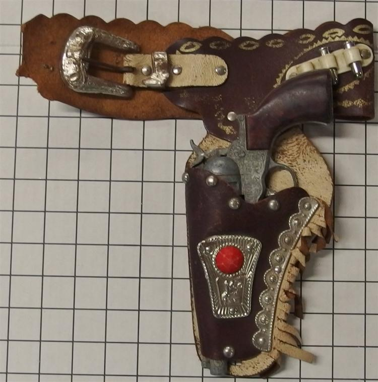 """Toy Cap Gun - 1960's Crescent FRONTIER ACE Repeater, England, Brown Grip, 9"""", Buffalo Bill Leather Holster, as is."""