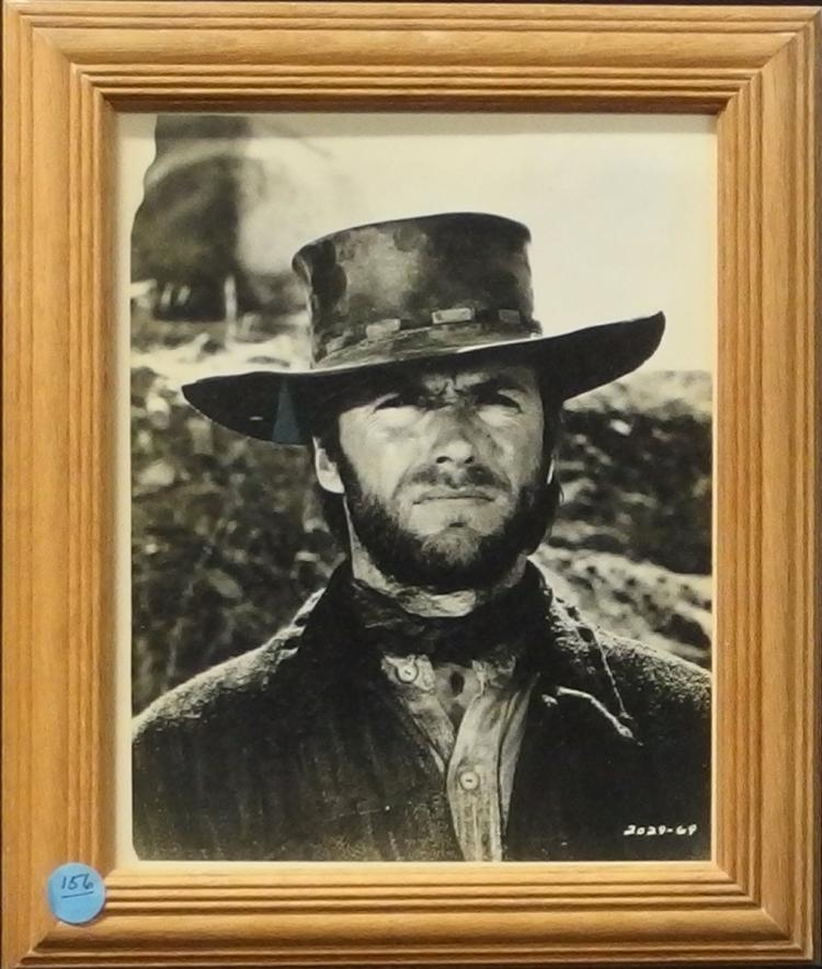 Western Movie Star Photo - CLINT EASTWOOD, 8x10 B&W Glossy