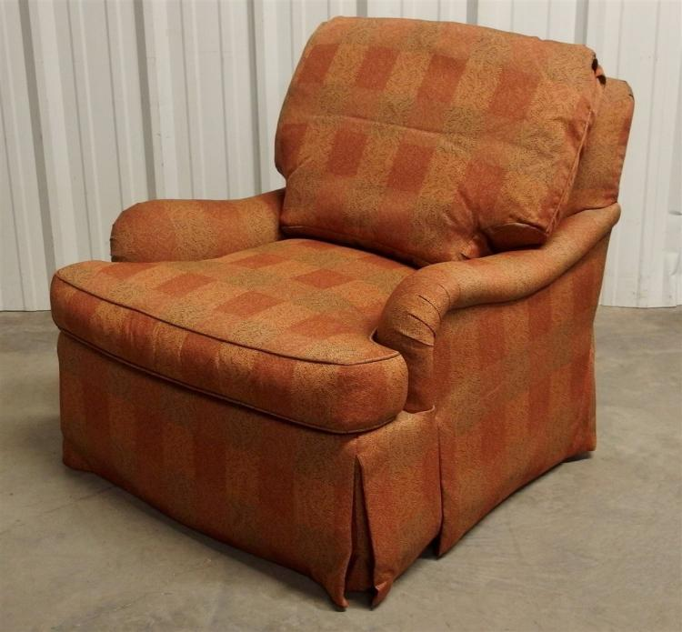 Heirloom Furn. Hickory NC Oversize Swivel Arm Chair
