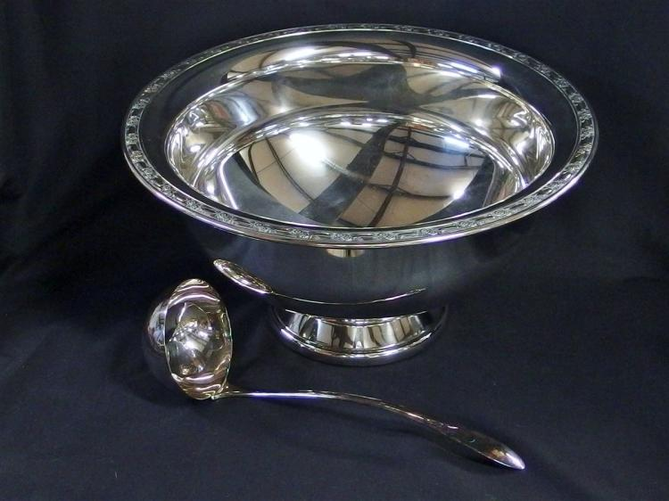 Lot 93: Onieda Silversmiths Punch Bowl & Ladle