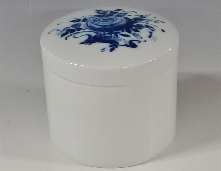 Rosenthal Studio-Linie Germany Blue Rose Romance Rhapsody Canister 4-1/2H