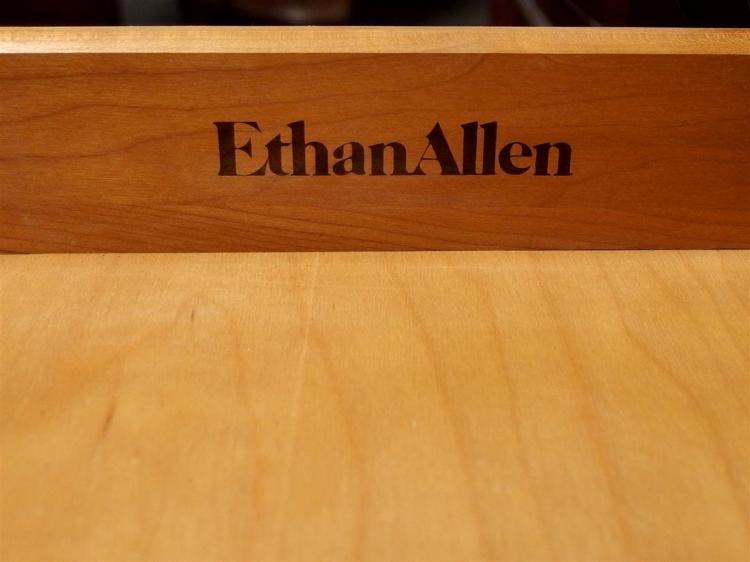 Lot 114: Pair of Ethan Allen Mahogany Drop Leaf Tables