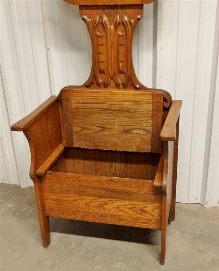 Lot 124: Antique Ca. 1900 Golden Oak Hall Tree with Bench Storage