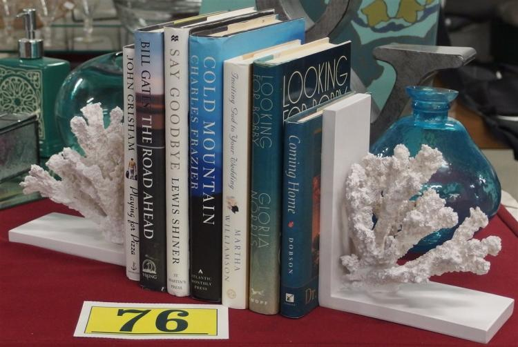 White Coral Cast Resin Bookends 7H, 7 Novels