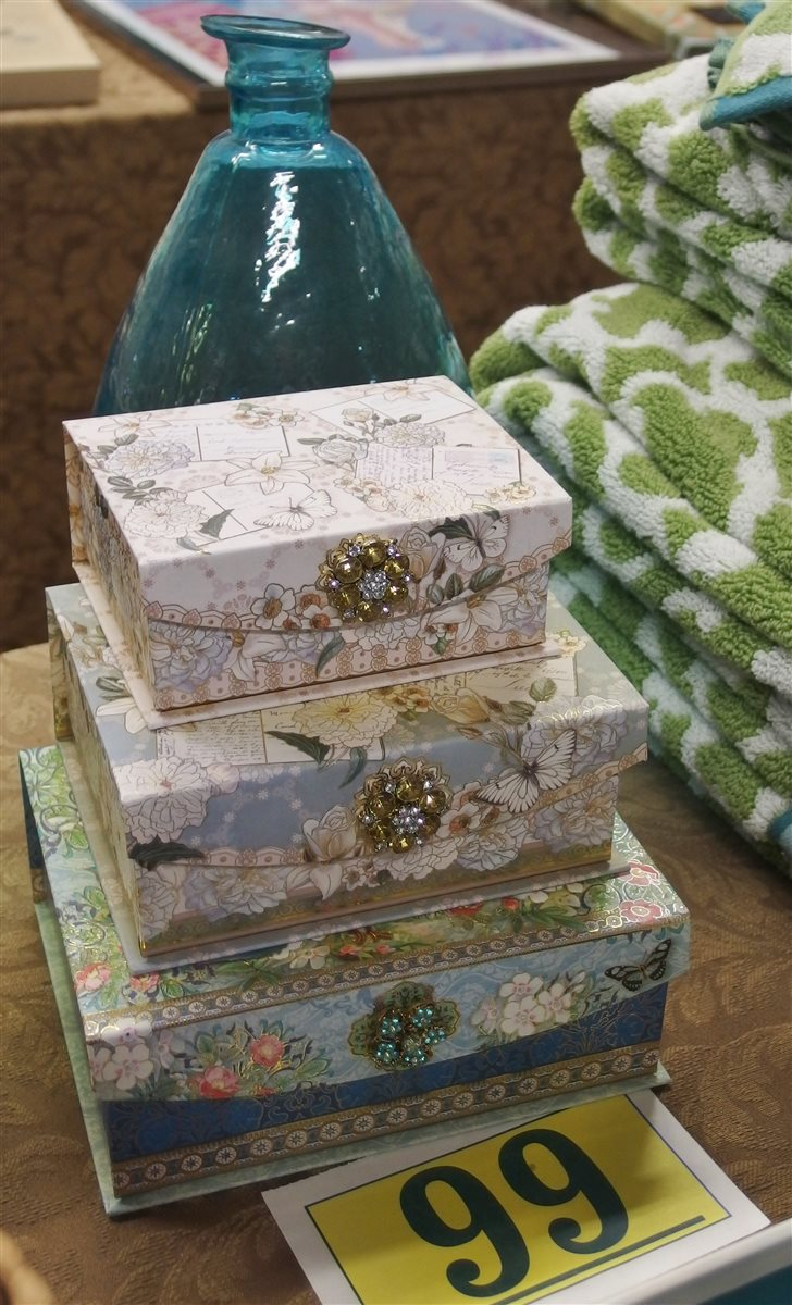 "Lot 99: Lot of 5 – Green Art Glass Bottle 15H, Teal Art Glass 12H, 3 Bejeweled Decorative Boxes 5"", 6"", 7"""