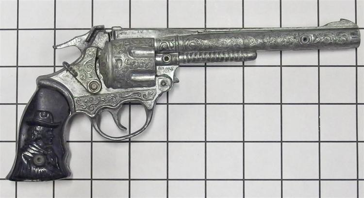 """Lot 6: Kilgore KIT CARSON Long Barrel Toy Cap Gun, Black Cowboy Grips, 10""""L"""