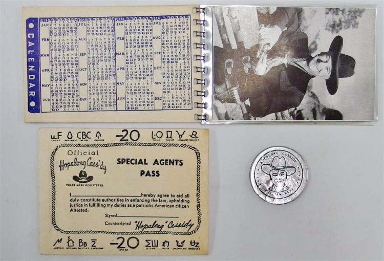 Lot 54: 1952 HOPALONG CASSIDY Wallet with Special Agents Pass, Photos, Calendar, Good Luck Token