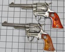"""Lot 76: Pair of 1960s Hubley WESTERN Toy Cap Guns, Root Beer Steer Head Grips, 9""""L"""