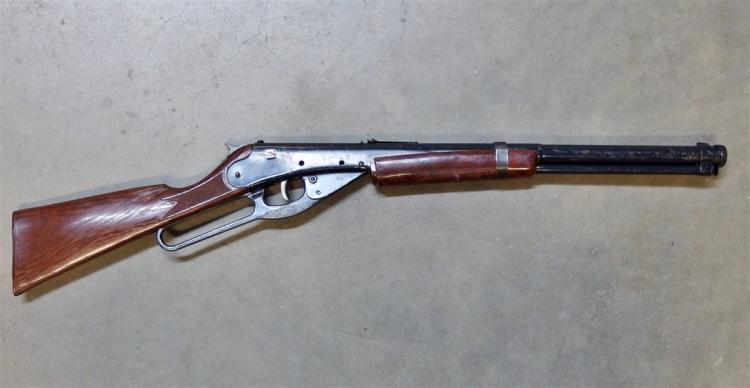 Lot 78: 1950's Daisy Red Ryder Model 94 Carbine BB Gun Rifle