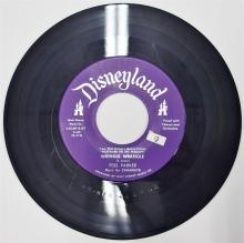 Lot 94: 1956 Disneyland Record 78 WRINGLE WRINGLE / THE BALLAD OF JOHN COLTER Westward Ho the Wagons, FB-2139