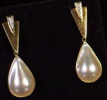 "Lot 27: 14K Gold Mabe Pearl Diamond Earrings, 1-5/8"""