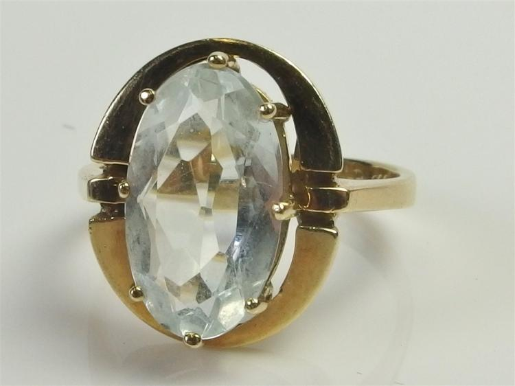Lot 95: 14K Gold Aquamarine Ring, Size 6-1/2. 4.7g