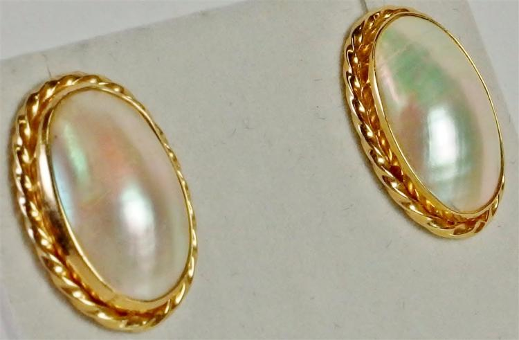 Lot 111: 10K Gold Mabe Pearl Earrings