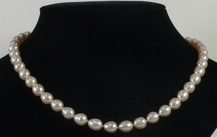 Lot 113: 14K Gold Pearl Necklace, 20""