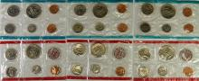 Lot 96: Lot of 6 - Uncirculated 1971 P&D USA Coins Sets