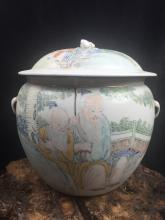 Chinese Fine Porcelain Jar With Arts of Chinese Entertainment