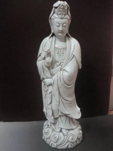 Chinese Porcelain Buddha State