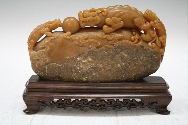 Chinese Carved Shoushan Stone Dragons