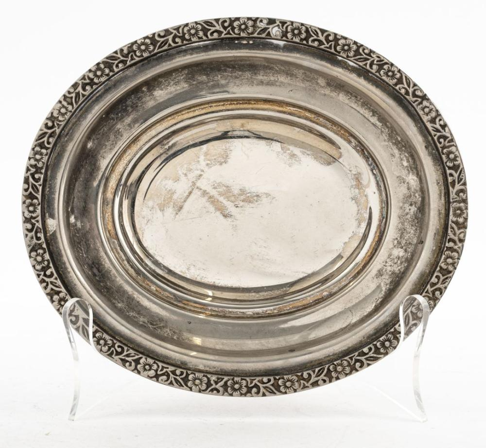 International Silver Co. Silver-Plate Oval Tray